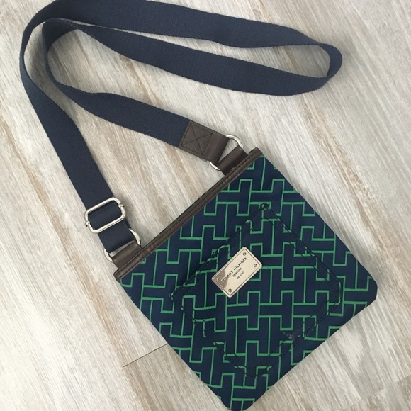 Tommy Hilfiger Handbags - Tommy Hilfiger green and blue crossbody